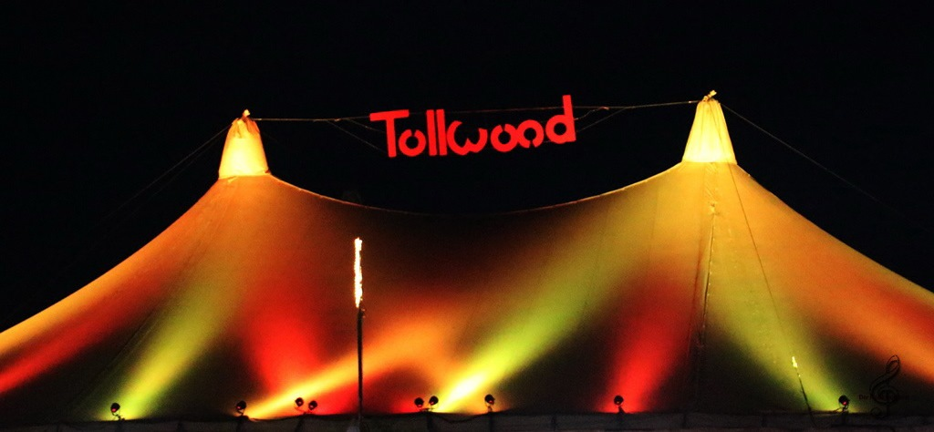 Tollwood Banner 2015